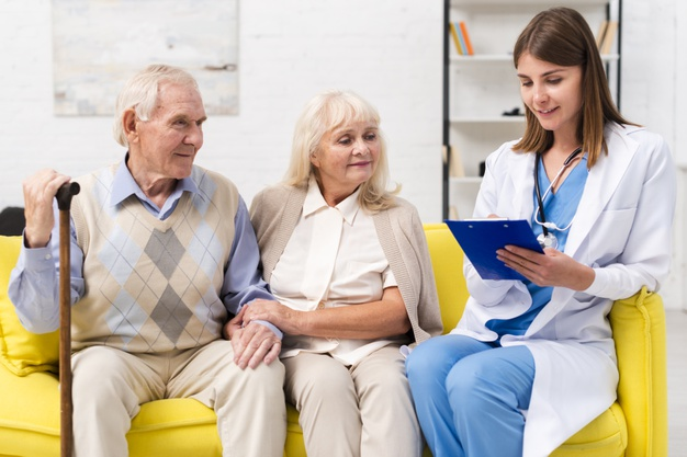 HOW CAREGIVERS CAN AVOID MEDICATION MISTAKES